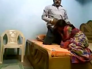 Chubby Indian Chick Havng Sex With Her Man